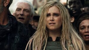 The100 S3 Watch The Thrones Clarke 3