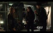 1x10-Bellamy, Clarke & Octavia