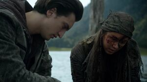 The100 S3 Wanheda Part 2 Emori Murphy 11