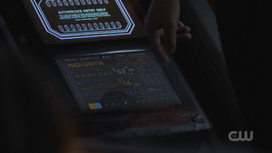 MADI GRIFFIN name on screen 5x13