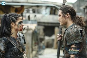 The 100 4x10 - Octavia & Ilian
