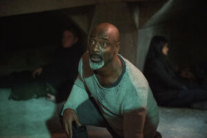 The 100 4x12 The Chosen - Jaha pic 10