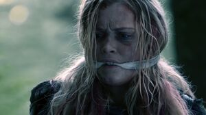 The100 S3 Wanheda Part 2 Clarke 5