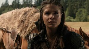 The100 S3 Wanheda Part 1 Octavia 2