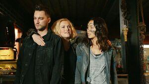 Murphy, Josephine and Emori 6x08