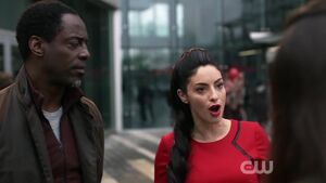 The-100-Season-3-Episode-14-Jaha & A.L.I.E pic 2