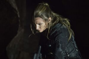 The 100 706 promo photos 9