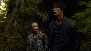 Earth Kills 063 (Charlotte and Bellamy)
