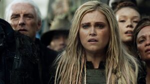 The100 S3 Watch The Thrones Clarke 2
