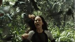 Katniss escapando de los charlajos