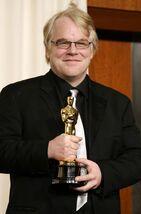 Philip luego de haber ganado el Óscar por su trabajo en Capote