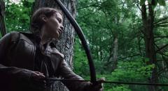 Katniss cazando