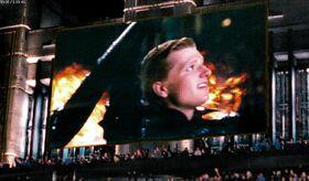 Пит на большом экране