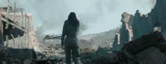 Katniss en las ruinas del Distrito 12