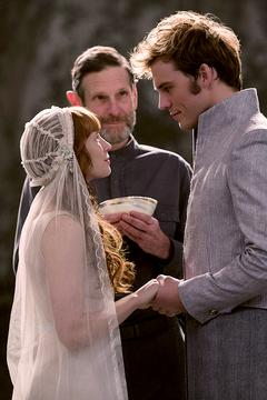Finnick y Annie en su boda