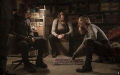 Katniss, Peeta y Cressida en la boutique de Tigris