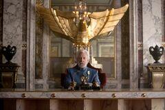 Presidente Snow en su sala principal