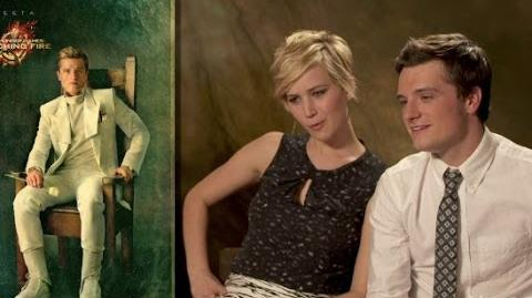 Video Catching Fire Cast React To Portraits The Hunger Games