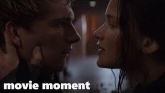 Голодные игры Сойка-пересмешница. Часть 2 (2015) - Останься со мной (5 10) movie moment