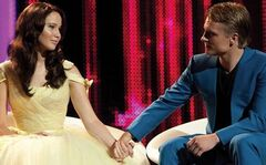 Katniss y Peeta en las entrevistas