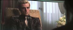 Katniss viendo la segunda entrevista de Peeta