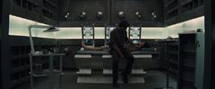 Gale viendo a Katniss recuperándose en el Distrito 13