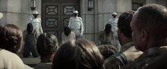 Rebeldes del Distrito 11 antes de ser ejecutados