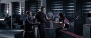 Cato acusando al tributo del Distrito 6 de robarle su cuchillo