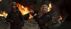 Pollux filmando a Katniss