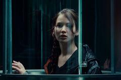 Katniss dentro del tubo de lanzamiento