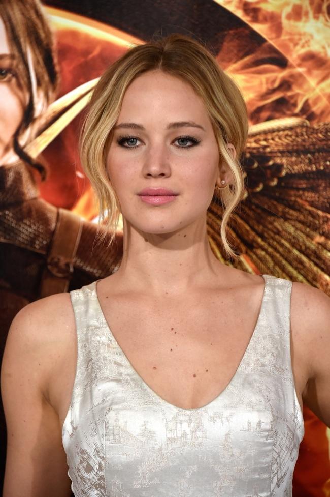 Jennifer Lawrence date