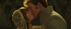 Beso entre Finnick y Annie
