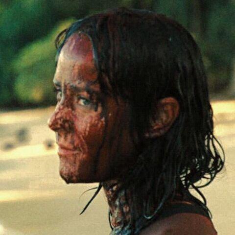 Джоанна вся в крови, но пока не пролитой ею