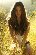 Beautiful-brown-hair-fashion-girl-Favim.com-663175 large