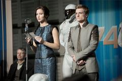 Katniss y Peeta durante la gira