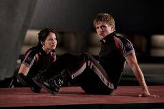 Katniss y Peeta en el Centro de Entrenamiento