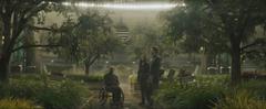 Beetee, Gale y Katniss viendo a los colibríes en la Pradera Artificial