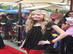 220px-Jennette McCurdy