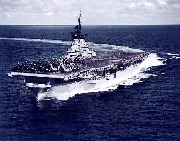 File:Essex class aircraft carrier.jpg