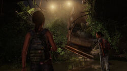 Gaming-the-last-of-us-left-behind-3