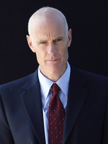 File:Matt Frewer.png