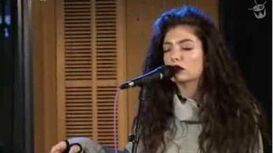 Lorde covers Retrograde by James Blake - a passionate performance - Triple J - Like A Version