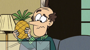 S2E19A Lynn Sr. with a pineapple