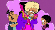 S1E04B Ronnie with Ernesto and Rosa