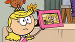 S3E21 Lola and a picture frame