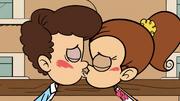 S3E25A Luan dan Benny berciuman