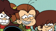 S1E07A Luan close up