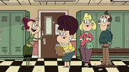 S4E12A Be right back Mr. and Mrs. Loud