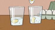 S03E16A Raw eggs
