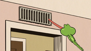 S3E06B Hops goes through airvents